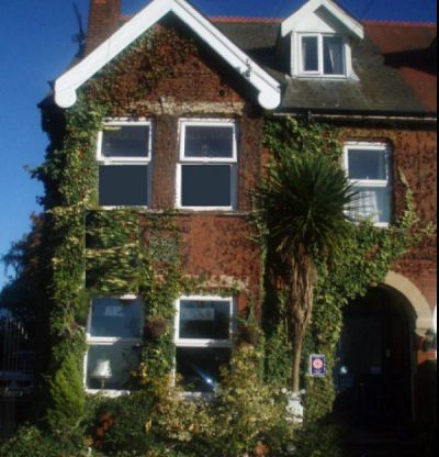 The Oaktree Guesthouse