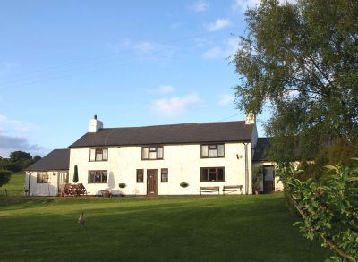 Maeswalter - Bryn Melyn Self-catering cottage