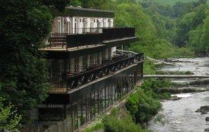 Chain Bridge Hotel