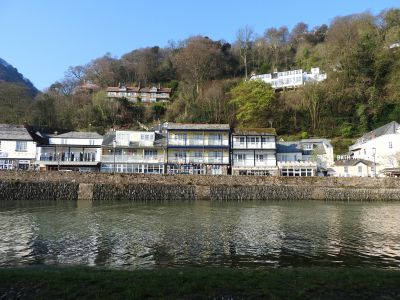 Riverside Cottage in Devon