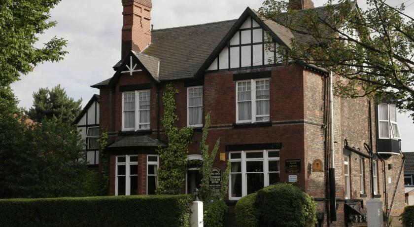 Eskdale Lodge Hotel in Manchester