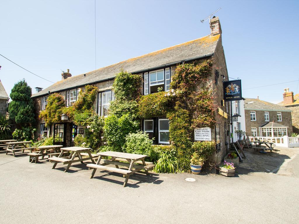 The Kings Arms in Cornwall
