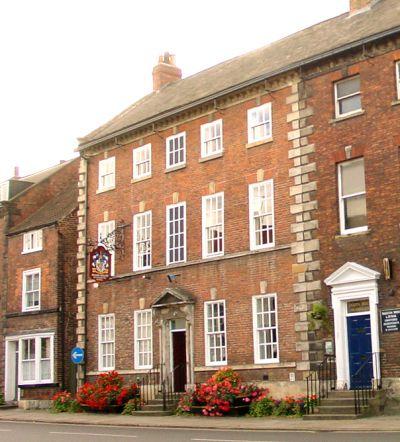 Shann House Hotel