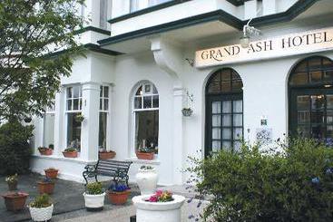 Grand Ash Hotel