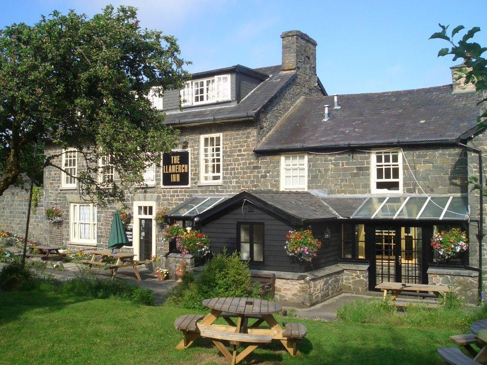 Llanerch Inn