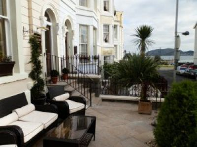 Lynton House Bed and Breakfast in Wales