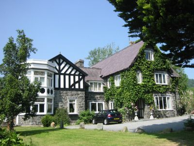 Gwern Borter Country Manor in Llandudno