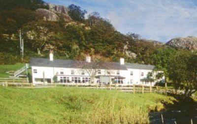 Bryn Tyrch Hotel