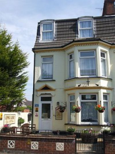 Jennis Lodge Guest House in Great Yarmouth