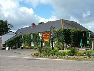 Thelbridge Cross Inn - 2-3 Night Stays (peak)