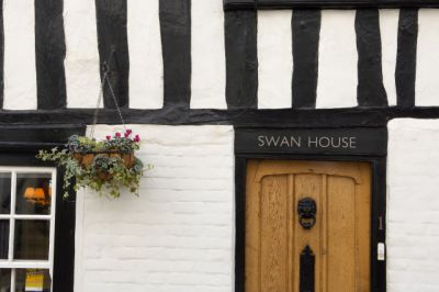 Swan House Bed and Breakfast