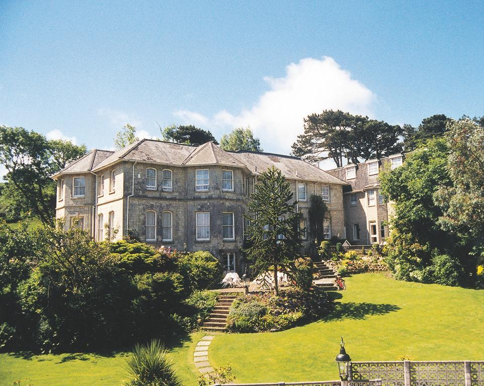 Bourne Hall Country Hotel