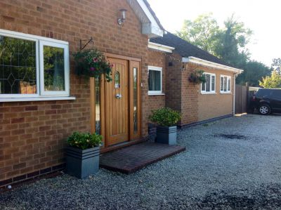 Haymills Guesthouse NEC - Long Term Bookings