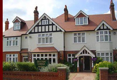 Hotels Near Surbiton Surrey